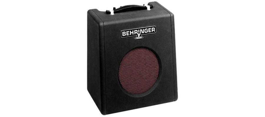 Комбоусилитель BEHRINGER Thunderbird BX108
