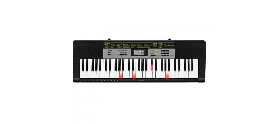 Синтезатор с подсветкой клавиш Casio LK-135K7
