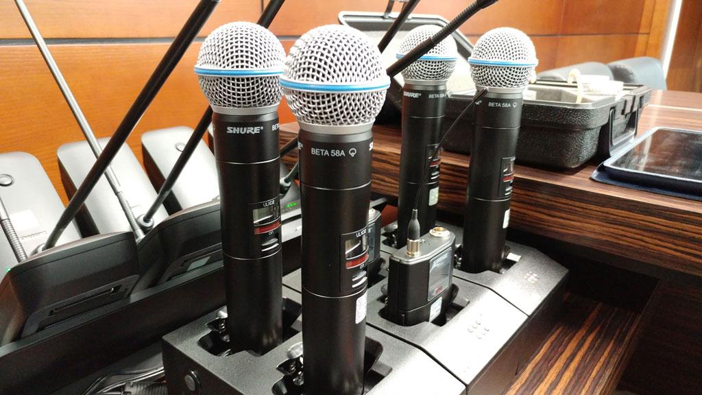 Озвучивание конференц-залов беспроводной системой Shure ULX-D